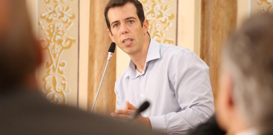 Olavistas e militares fazem pressão para Bolsonaro desistir de secretário do PR para ministério