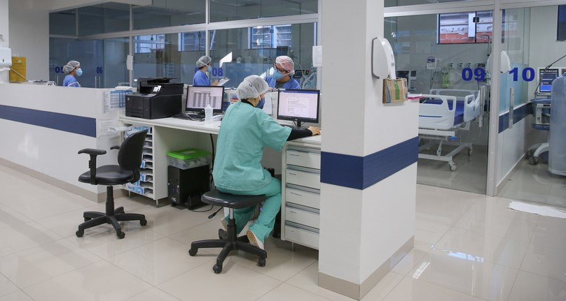 Boletim da Sesa deste sábado registra 1.536 novos casos e 26 mortes pela Covid-19 no Paraná
