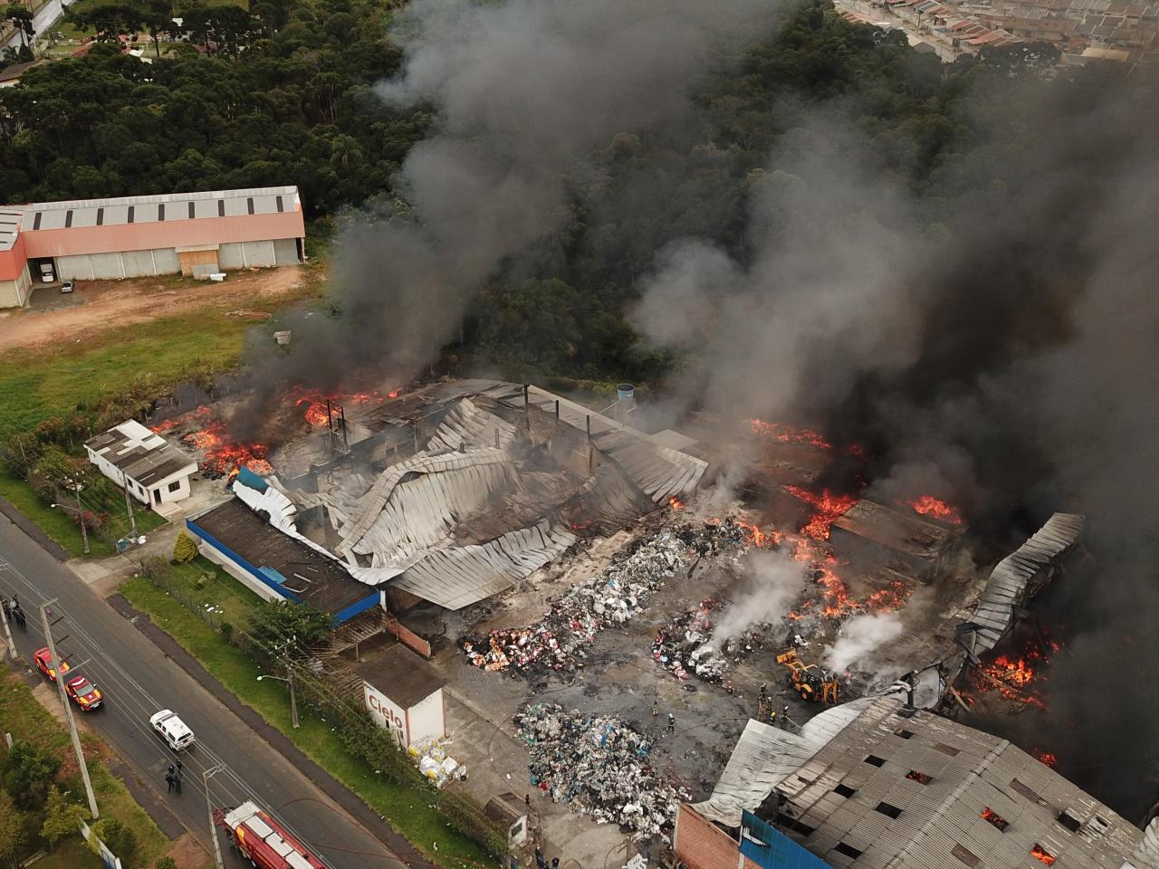 Não bastasse a pandemia, Curitiba tem que lidar com 'temporada' de incêndios