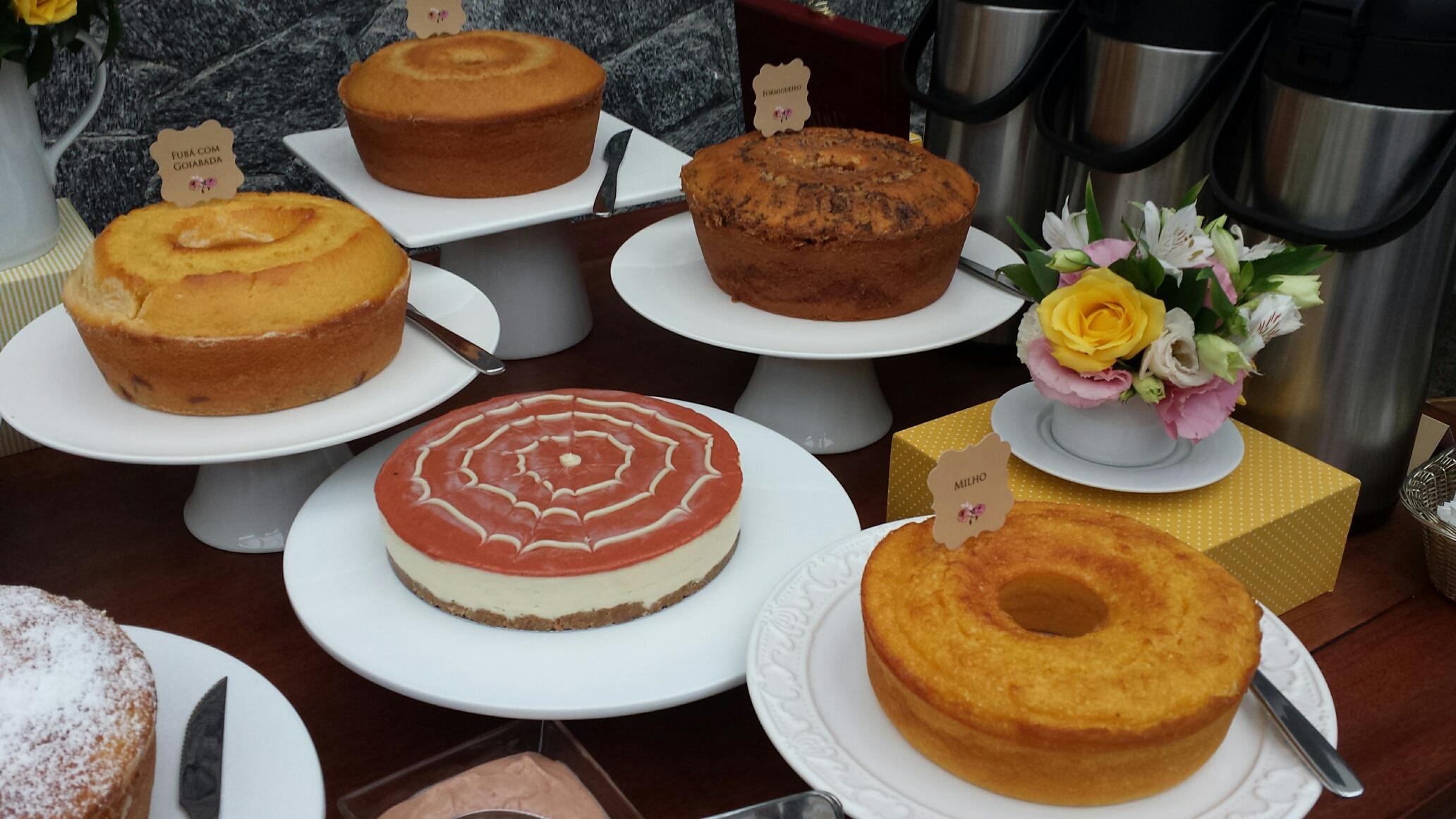Seleção de bolos da Tradicional  caption  Priscila explica que as receitas  não utilizam conservantes e são feitas com extremo cuidado no preparo e  insumos ... 4a923b9d63