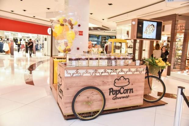 d90e23c1991ef PopCorn Gourmet  caption  Além de reinaugurar as lojas Cacau Show, Zelo e  Noela, todas no piso L2, o shopping ainda conta com cinco novas lojas em  segmentos ...