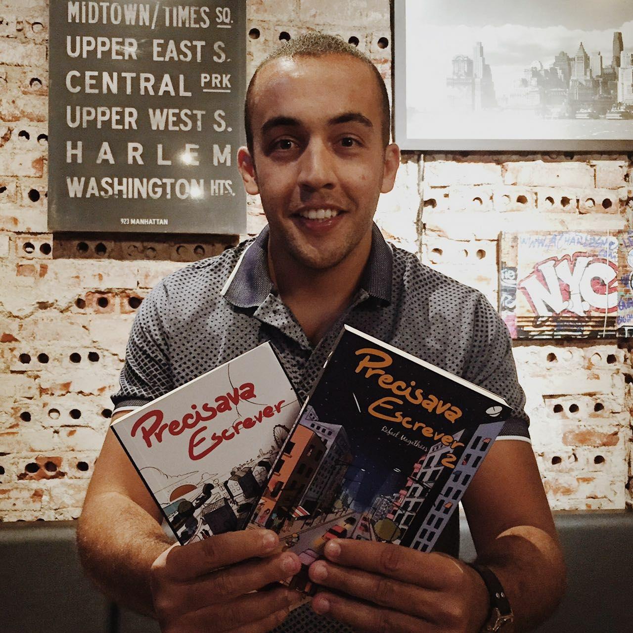 Fenômeno Rafael Magalhães participa de sessão de autógrafos em Curitiba 250ac52401